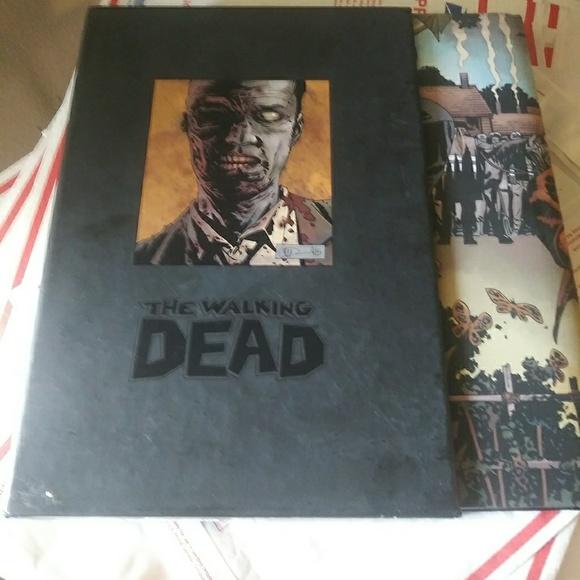 The Walking Dead Omnibus Volume 6